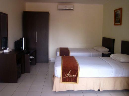 Ahadiat - Golden Suite biggest room