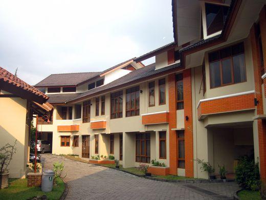 Ahadiat - hotel building