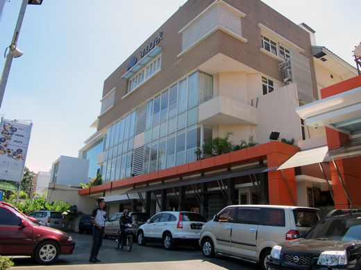 Anggrek Shopping Hotel Bandung - front