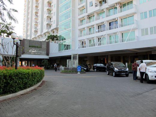 Galeri Ciumbuleuit Hotel - front