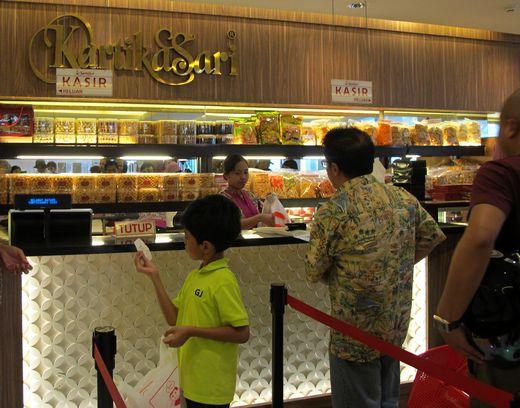 Kartika Sari - berbagai pilihan makanan kering