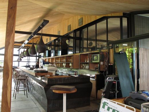 Maja - the bar area