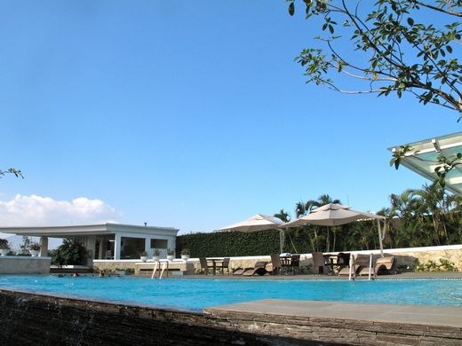 Hotel Papandayan - The pool