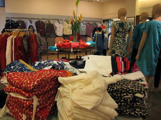Rumah Mode - koleksi pakaian wanita